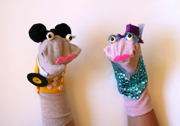 Get Festive With Blip Art School's Fringe Sock Puppets
