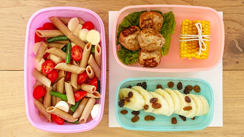SCHOOL IS BACK AND SO ARE LUNCHBOXES: TIPS ON KEEPING THEM SAFE IN THE WARMER WEAHER