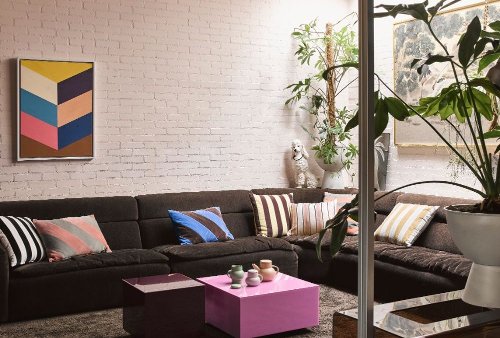 ROOM TO GROW WITH ASSER & CO: COLOUR