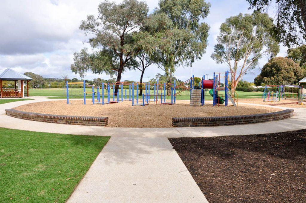 Mortlock Park