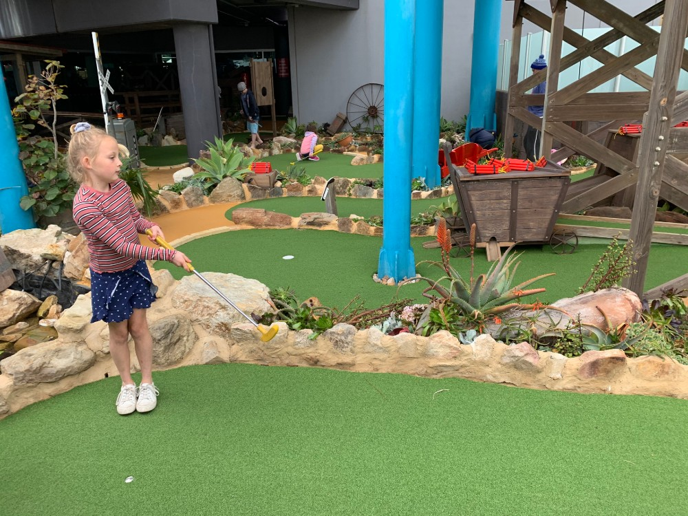 the beachouse mini golf