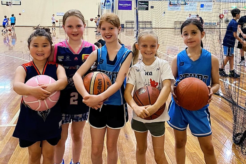 Adelaide 36ers school holiday training camp – they'll have a ball!