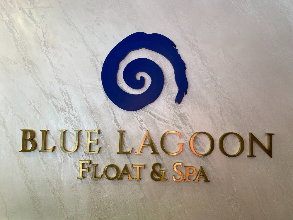 blue lagoon float and spa